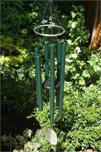 Woodstock Bells of Paradise, large rainforest green