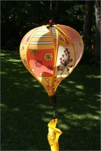 Standard Hot Air Balloon Spinner, Yellow Patchwork