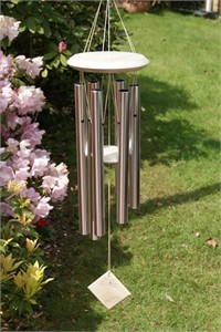 Woodstock Chimes of Pluto, silver and white